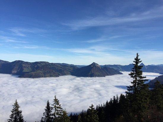 Beckenried, Zwitserland: Naturaleza pura🍀