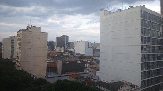 Hotel Carioca : Vista para a Candelária.