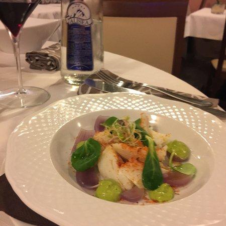 Artogne, Italy: Ottimo pranzo stellato a costo incredibilmente onesto!!! Piatti curati e deliziosi Servizio velo