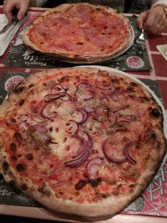 Pizza dello gnomo! Rucola stracchino e cotto! - Picture of Pizzeria ...