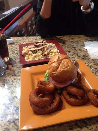 Rio Grande Brew Pub and Grill: Terrible :(