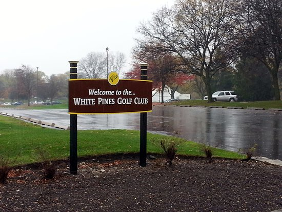 signage at the entrance of the White Pines Golf Club