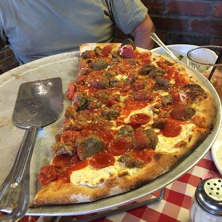 Grimaldi's Pizzeria - Green Valley : photo1.jpg