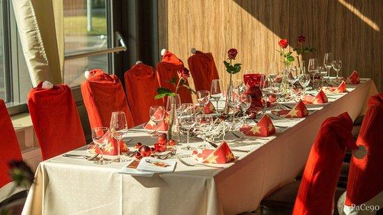 Hambuehren, Alemanha: Weihnachtsfeier Tisch