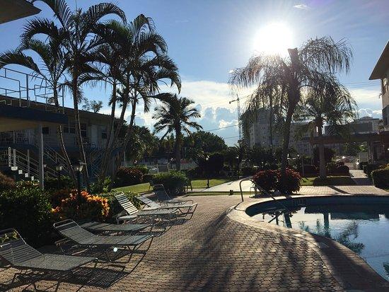 Holiday Isle Yacht Club: photo3.jpg