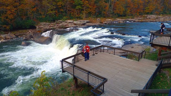 Ohiopyle, PA: rapids view near visitor center
