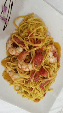 Bribano, Italy: Tagliatelline ai gamberetti e pomodorini
