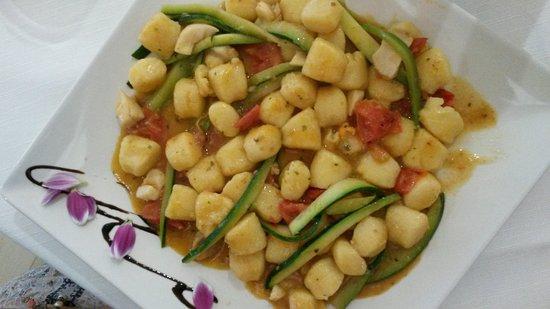 Bribano, Italy: Gnocchetti con pesce e verdure