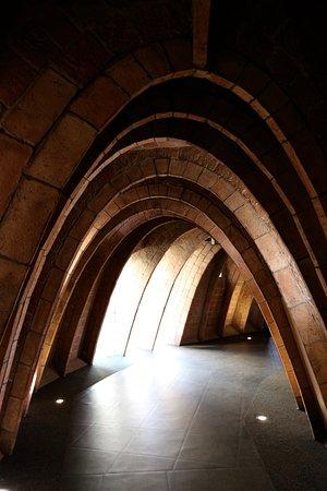 Casa Mila - La Pedrera: Parabolic arch supporting roof of Casa Mila