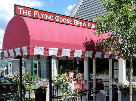 New London, NH: The Flying Goose, formerly the 'Four Corners' and originally called the 'Grey House'!