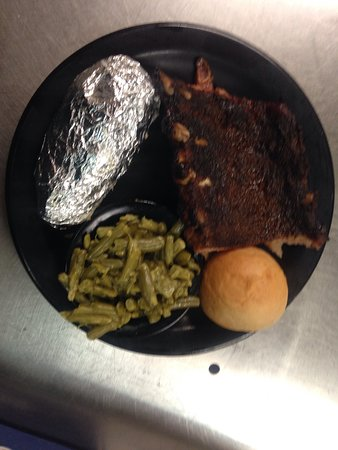 West Point, MS: Ribs on Friday Night! Smokey and falling off the bone!