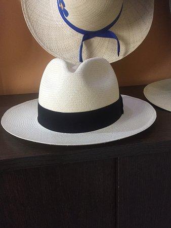 Toquifina: Fine hats