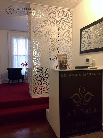 Aroma Relaxing Massage