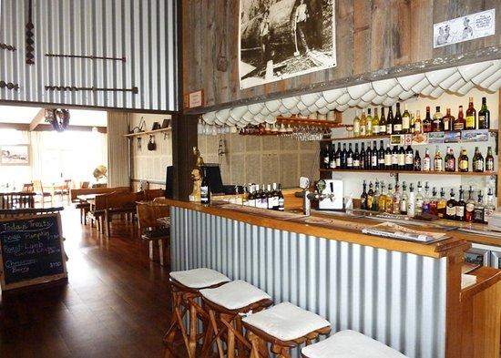 Deloraine, Australia: Settler's Restaurant & Bar