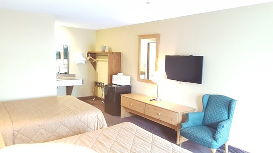 Owatonna, MN: Standard Room with 2 Queen Beds