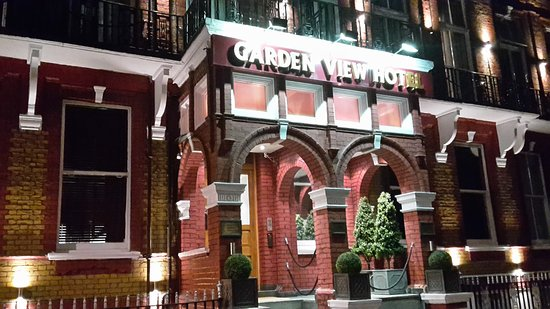 Garden View Hotel: 20161029_193551_large.jpg