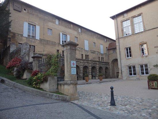 Office de tourisme du pays roussillonnais roussillon - Office du tourisme de merville franceville 14 ...
