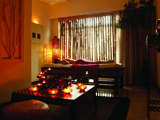 Vivere Hotel Sky Lounge Restaurant