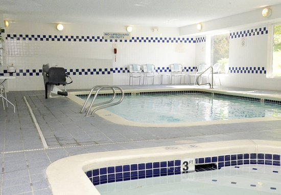 Fairfield Inn Kennewick: Indoor Pool