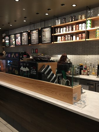 Starbucks - Pittsburgh Airport