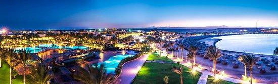 Jaz Lamaya Resort: Night Overview