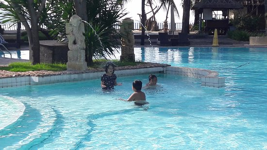 Kila Senggigi Beach Lombok: nice pool