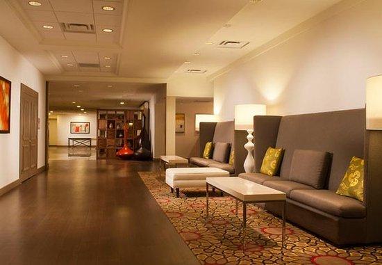 Omaha Marriott: Pre-Function Area
