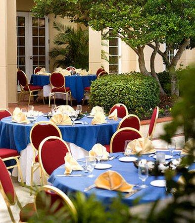 Jacksonville Marriott: Outdoor Banquet