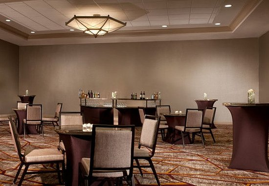 Marriott at Research Triangle Park: Ballroom – Social Event Setup