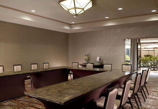 Marriott at Research Triangle Park: Meeting Room – U-Shape Setup