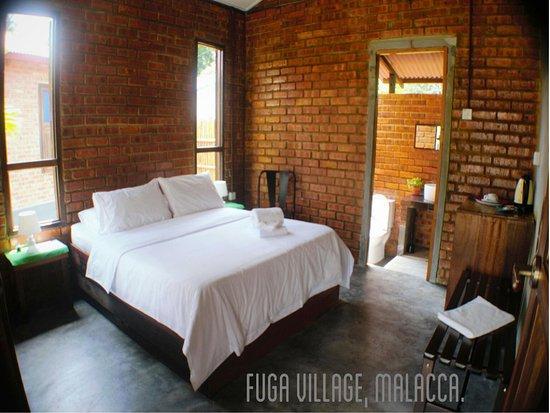 Masjid Tanah, Malaysia: Fuga Village Chalets ( 6 unit )