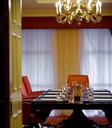 Charlotte Marriott SouthPark: Boardroom