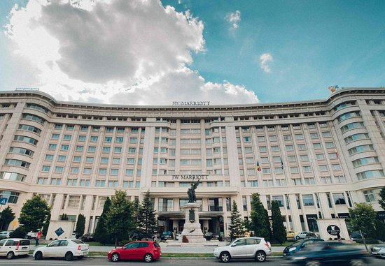 JW Marriott Bucharest Grand Hotel: Hotel Exterior