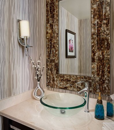 The Woodlands, TX: Presidential Suite Powder Room