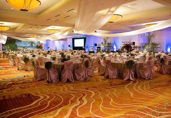 The Woodlands, TX: Grand Ballroom Social