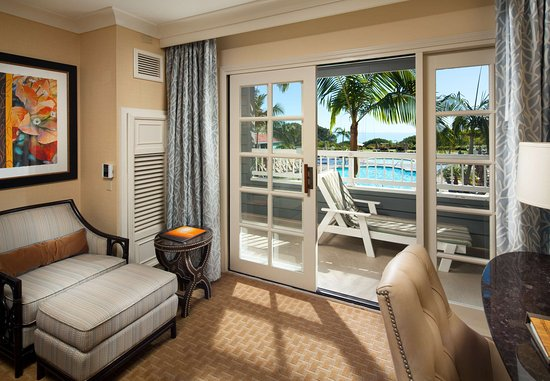 Laguna Cliffs Marriott Resort & Spa: Guest Room - Pool View