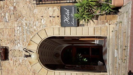 Hotel Leon Bianco: 20161101_122101_large.jpg