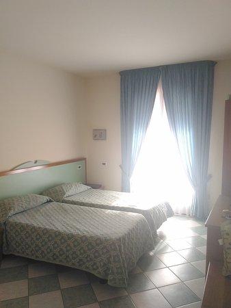 Hotel Ristorante Villa Elena: P_20161103_111027_large.jpg