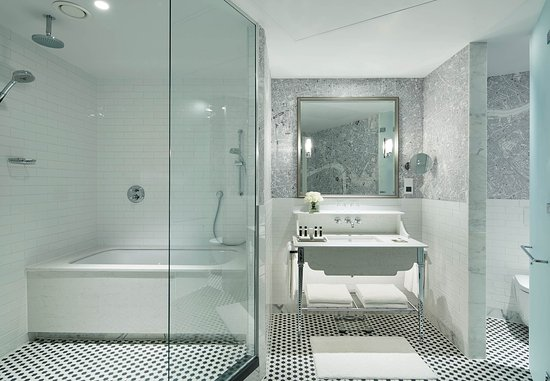 London Marriott Hotel County Hall: Suite Bathroom