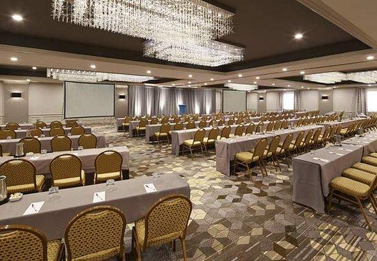 San Mateo, CA: Convene Ballroom – Classroom Setup
