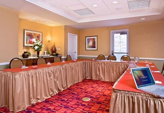 Residence Inn Phoenix Glendale Sports & Entertainment District: Conference Space