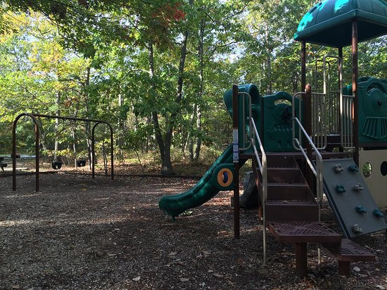 Bayville, NJ: Younger-age playground equipment