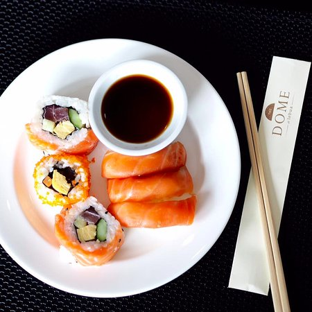 lebua at State Tower: Sushi Lunch Buffet