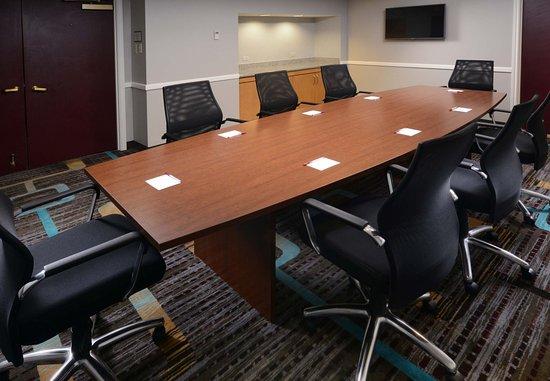 Residence Inn Dallas Market Center: Boardroom