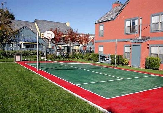 Residence Inn Livermore Pleasanton: Sport Court