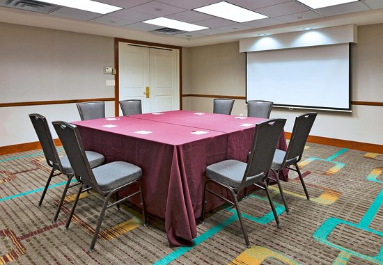 Stanhope, NJ: Meeting Room & Conference Setup