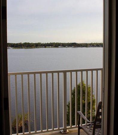 Sebring, FL: Suite Balcony