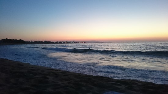 Kalathas, Grecia: Unsere Lieblingszeit für den Strandbesuch
