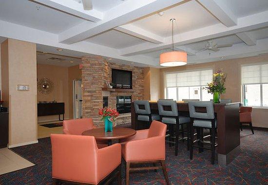 Residence Inn Rochester Mayo Clinic Area: Hearth Room