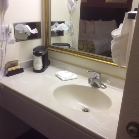 Foto de Baymont Inn & Suites Battle Creek Downtown